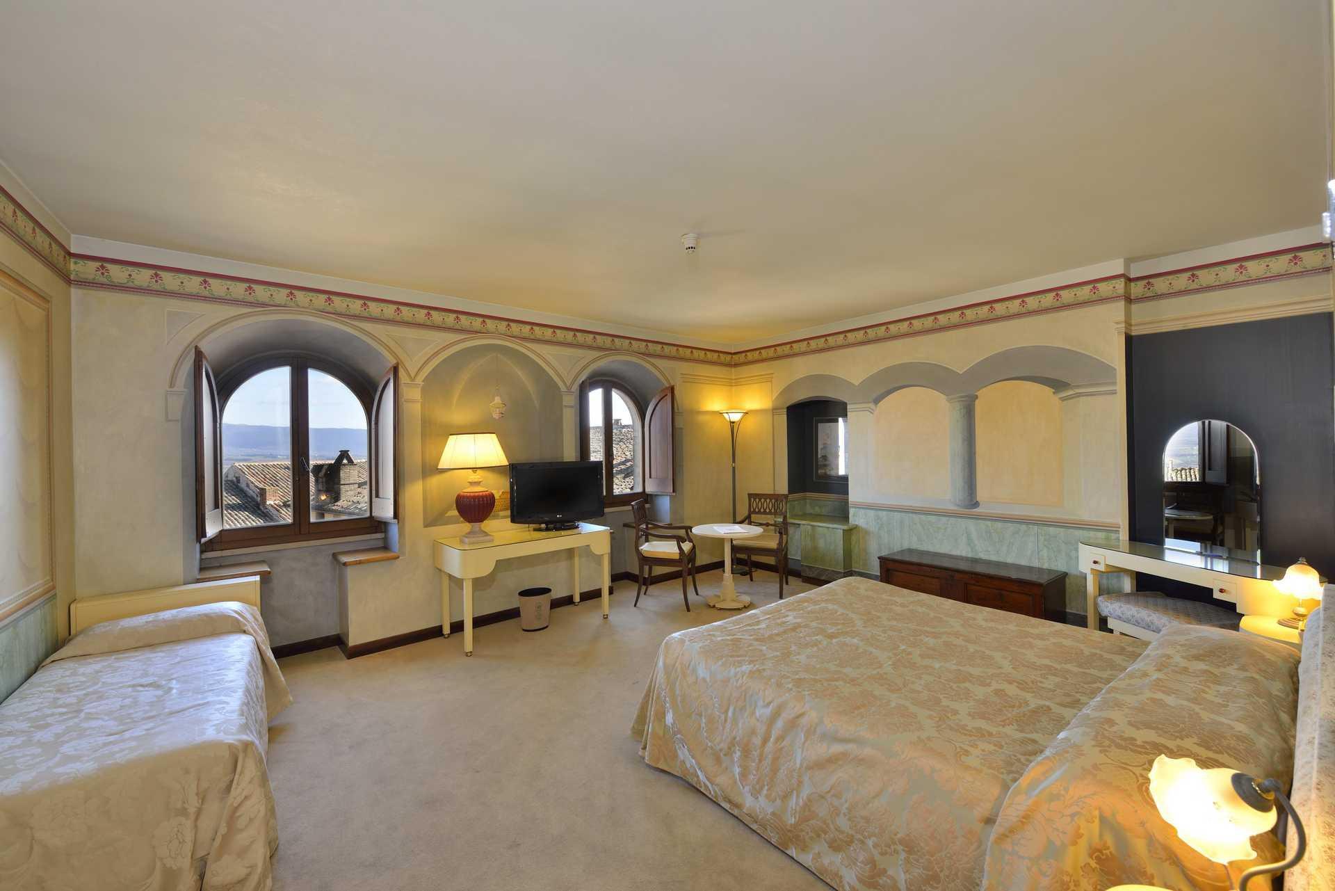Junior Suite Monna Vanna - Hotel Fonte Cesia Todi