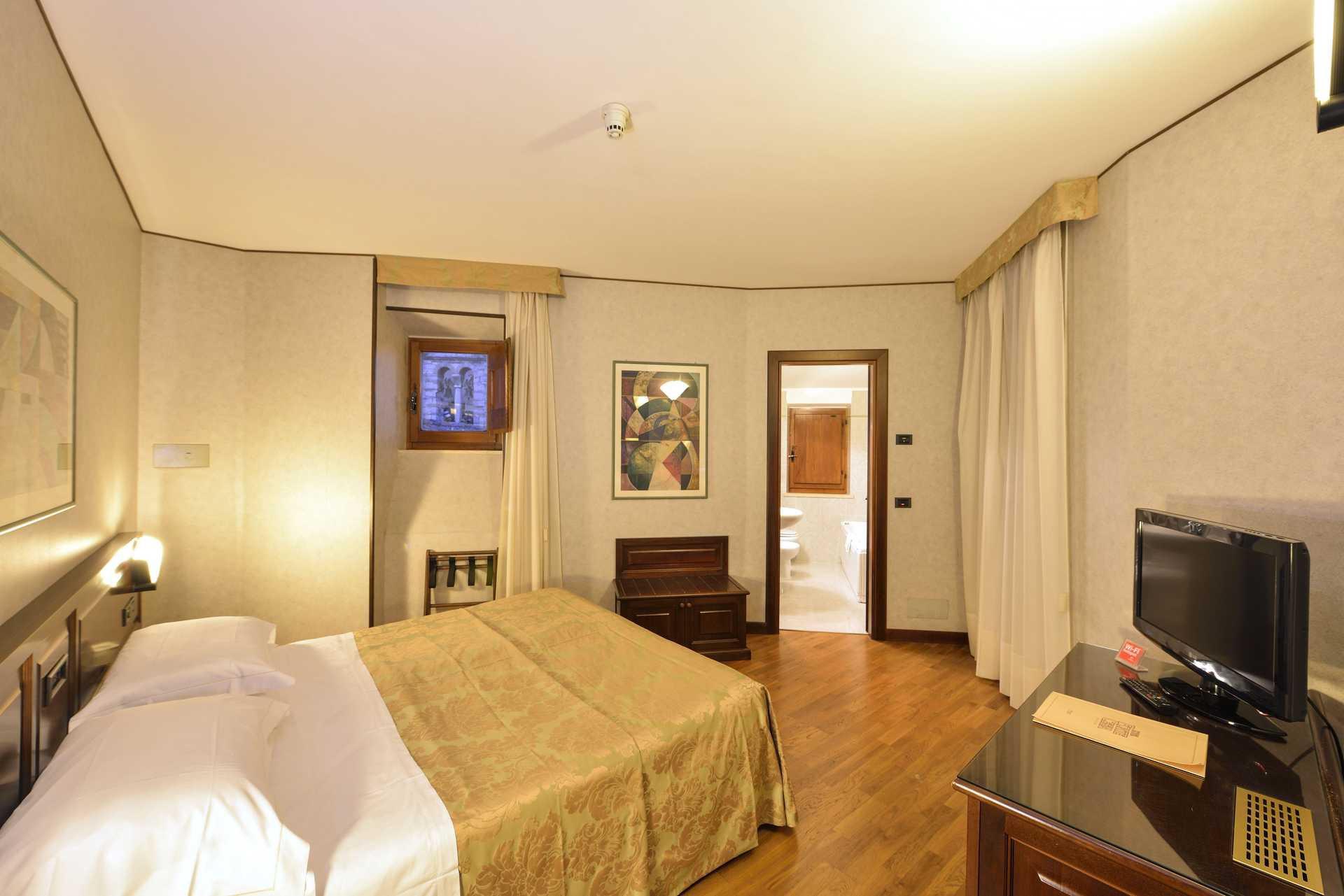 Camera classica - Hotel Fonte Cesia Todi