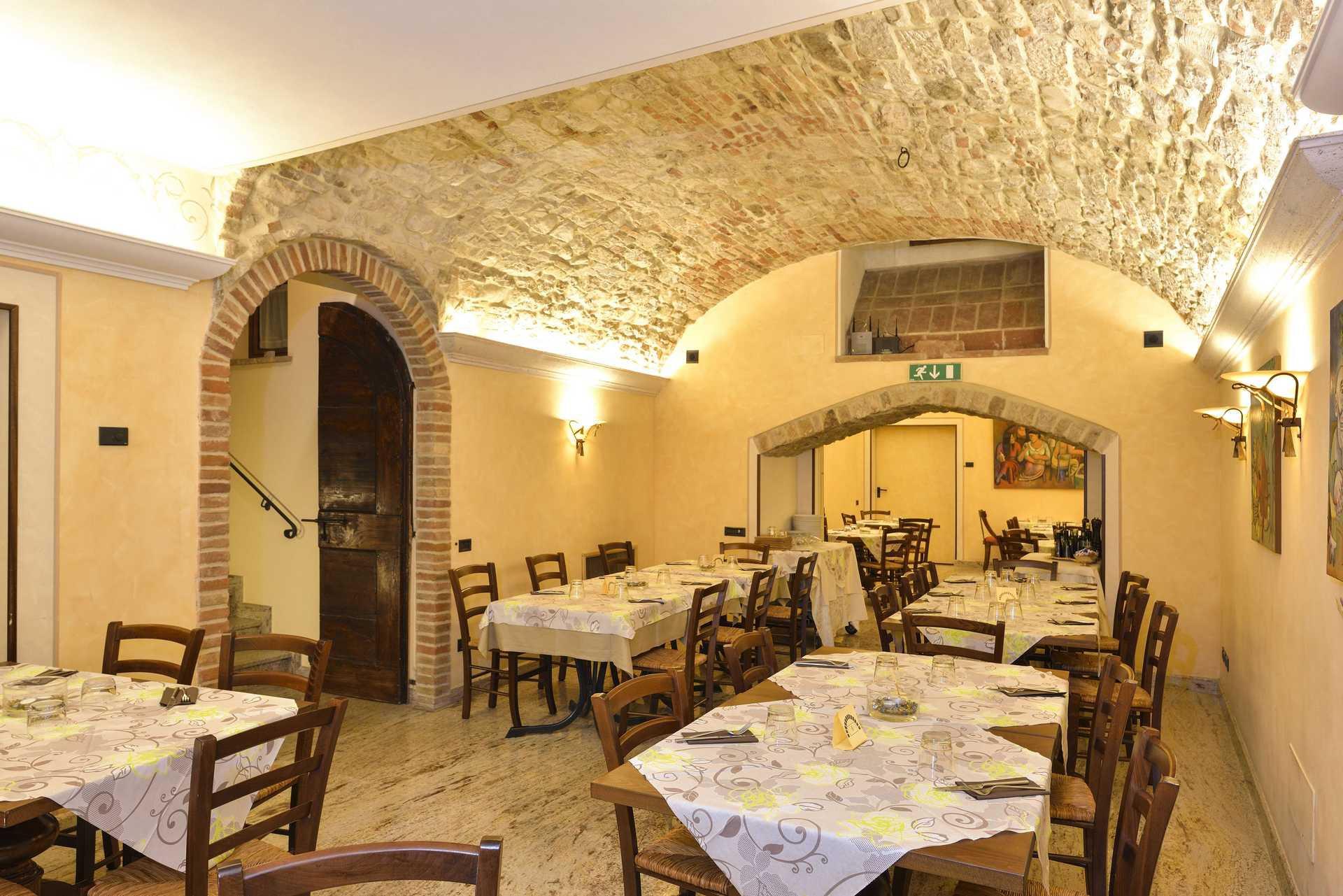 Hotel Fonte Cesia - Le Cisterne Pizza & Restaurant
