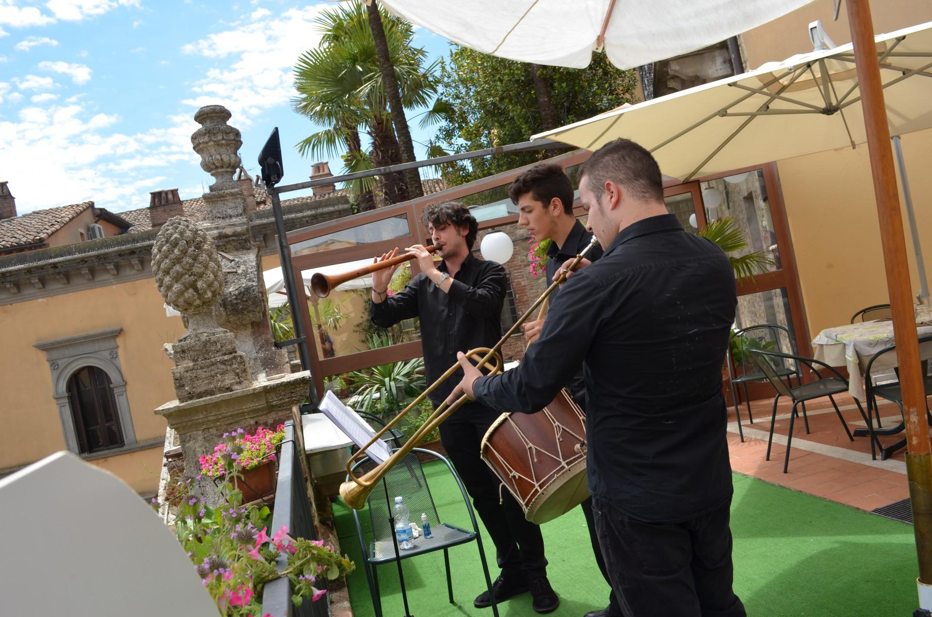 - Hotel Fonte Cesia - Festa della Musica - music - todi -