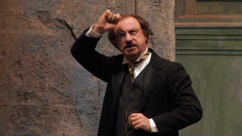 Sebastiano-Lo-Monaco - il berretto a sonagli di Luigi Pirandello - Todi- Teatro comunale - stagione di prosa