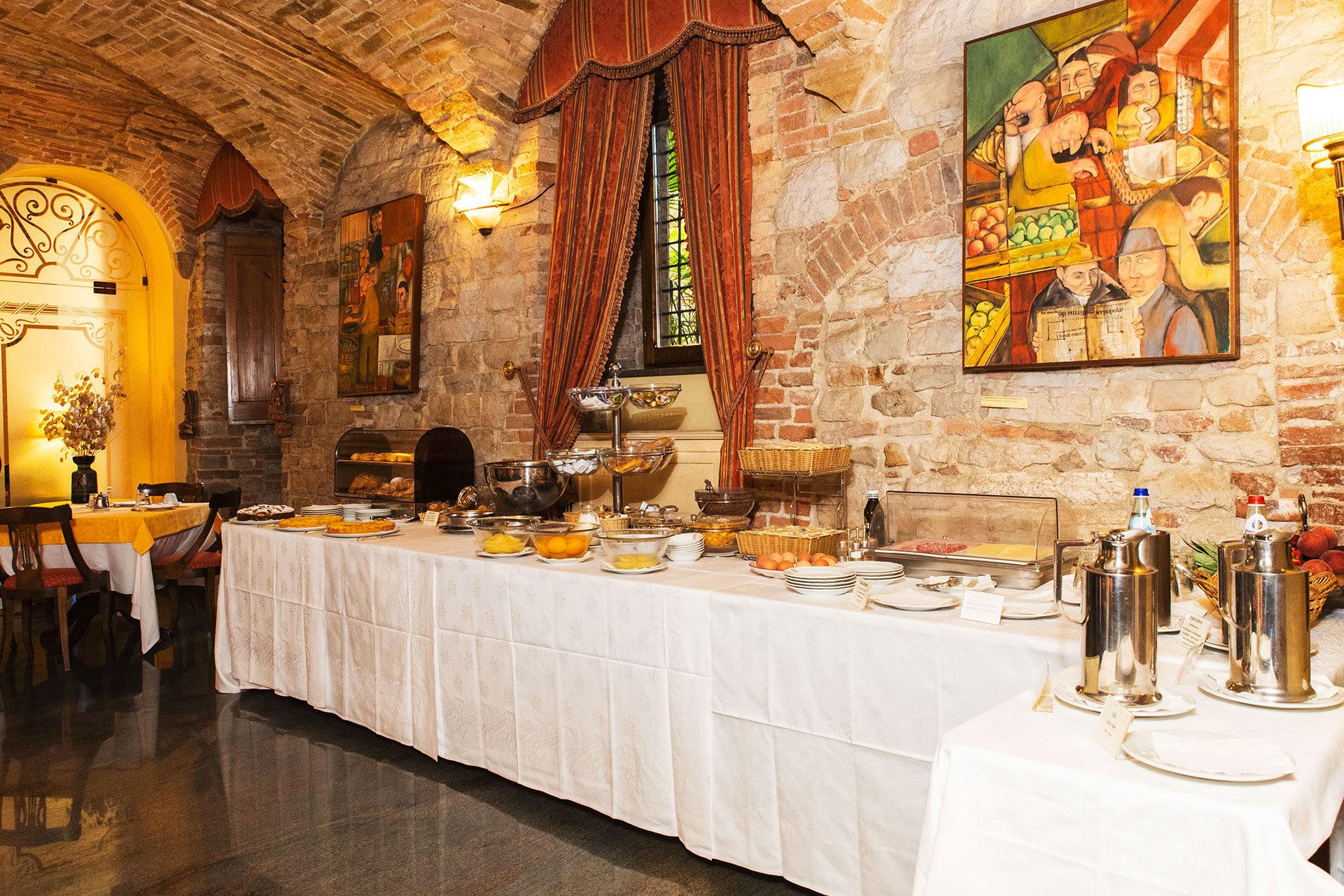 Hotel Fonte Cesia - breakfast - Sala Colazioni