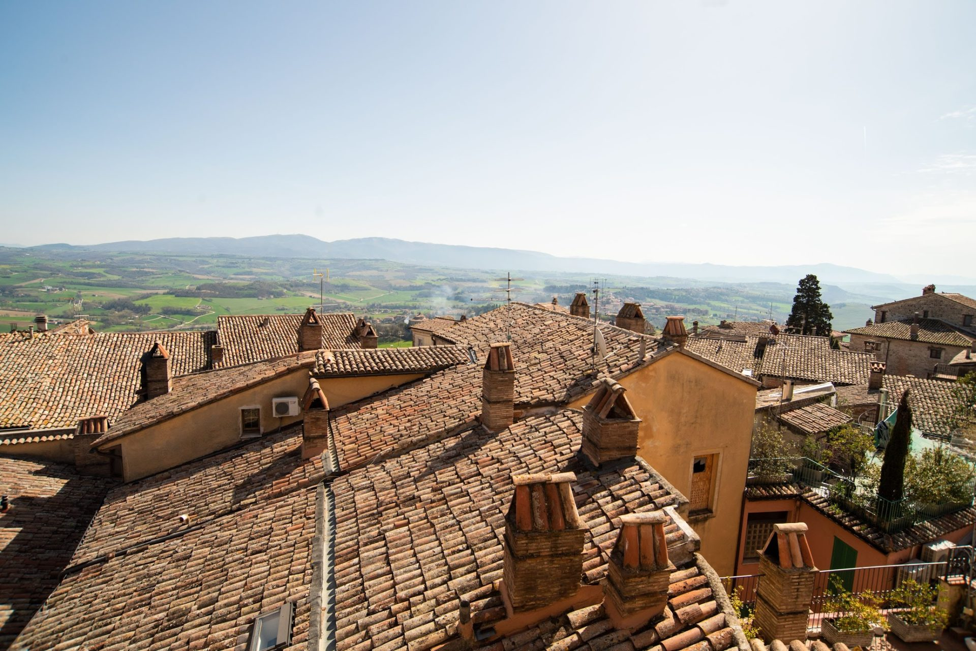 visita-todi-umbria - città ideal - Ideal city -Umbria sicura - Hotel Fonte Cesia - Umbria - safe -haven -